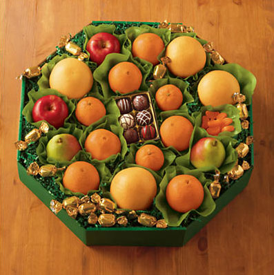 Grand Fresh Fruit Wreath