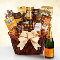 Veuve Clicquot Luxury Champagne Gift Basket