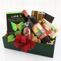 Organic Gourmet Gift with Wine and Cheese