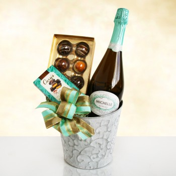 Sparkling Wine & Chocolate Elegance