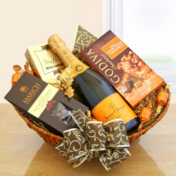Classic Champagne Gift Basket: Veuve Clicquot