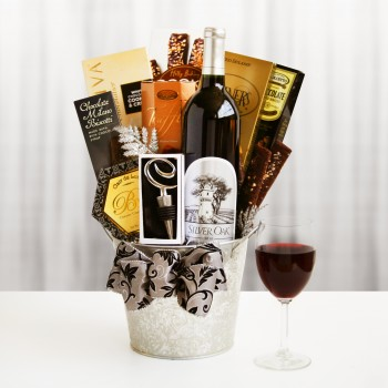 Silver Oak Holiday Gift Basket